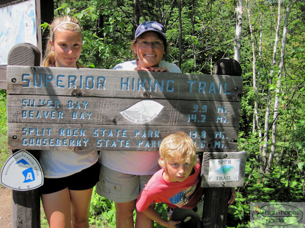 superior hiking trail sign